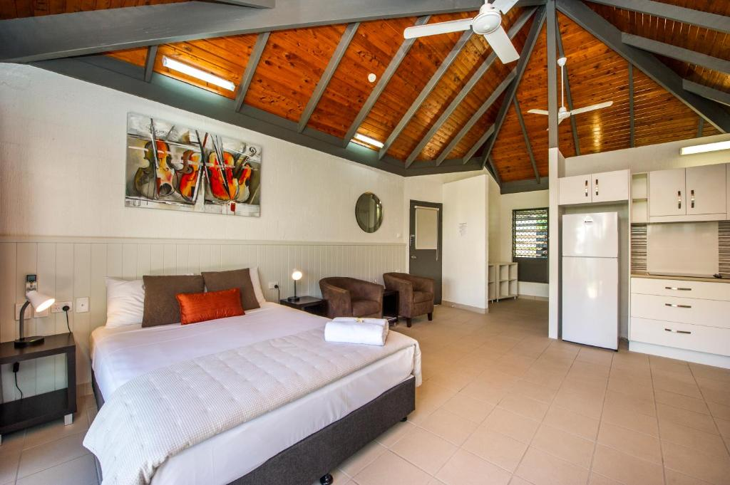 A room at Island Leisure Resort