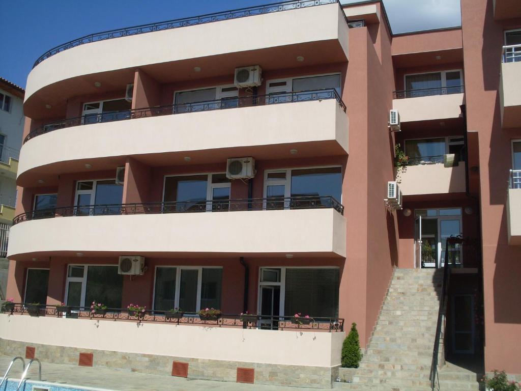 Хотел Diveda 2 Апартаментs - Свети Влас