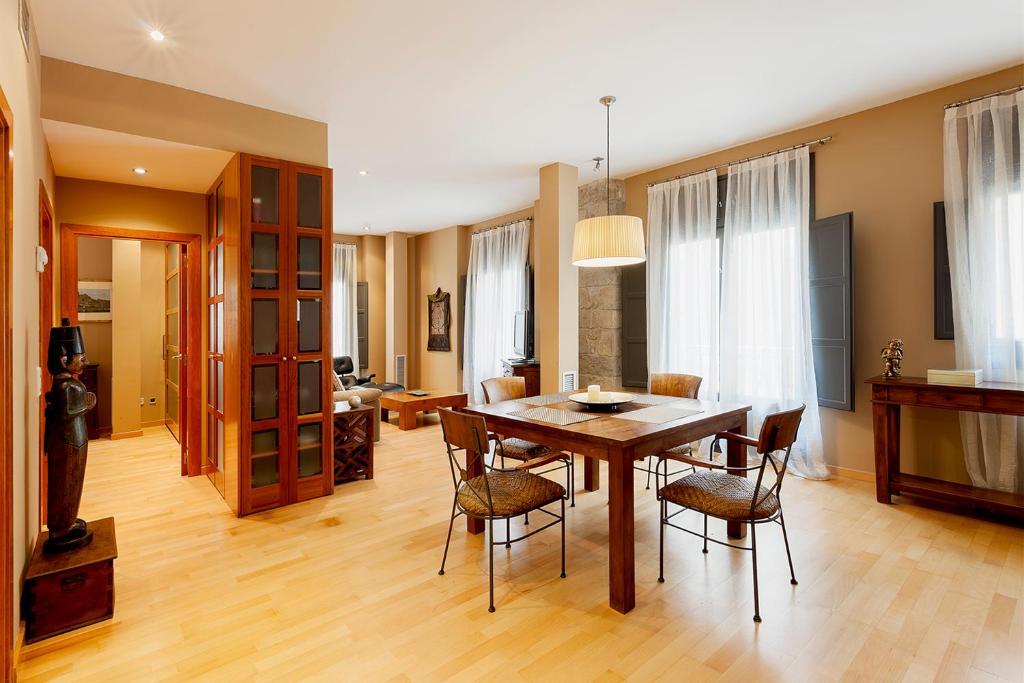 Apartments In Quart D'onyar Catalonia