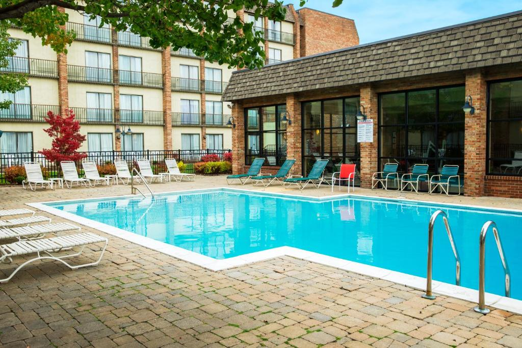 Rit inn conference center henrietta ny - Anna university swimming pool reviews ...