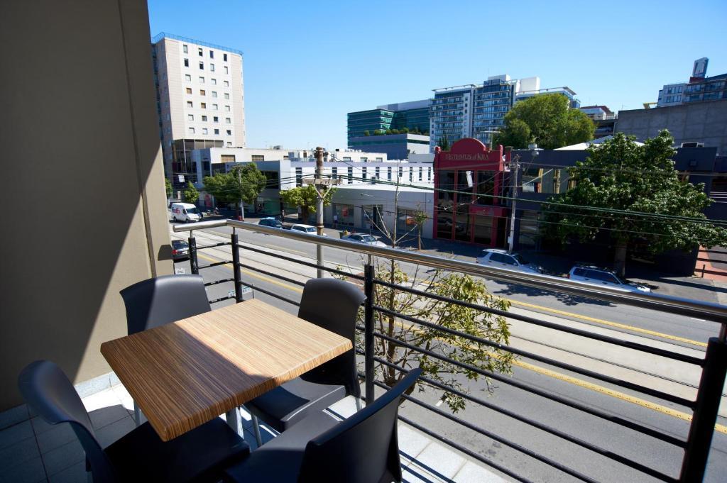 Condo Hotel Quest On Dorcas Melbourne Australia Booking Com