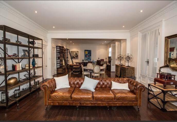 villa maison cdi by daniel meyer montreal canada bookingcom - Maison Canada