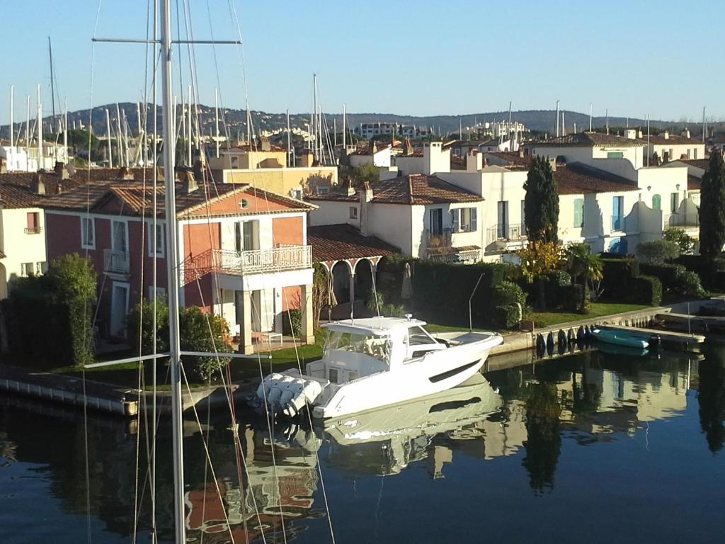 Appartement Port Grimaud France Bookingcom - Location bateau port grimaud