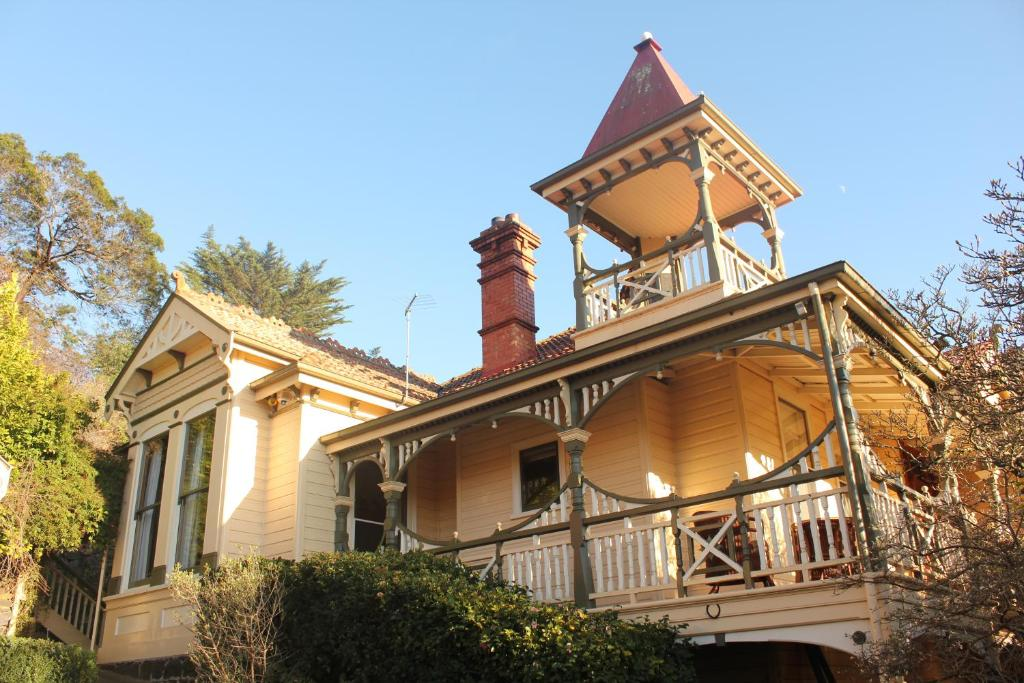Bed And Breakfast Turret House Launceston Australia
