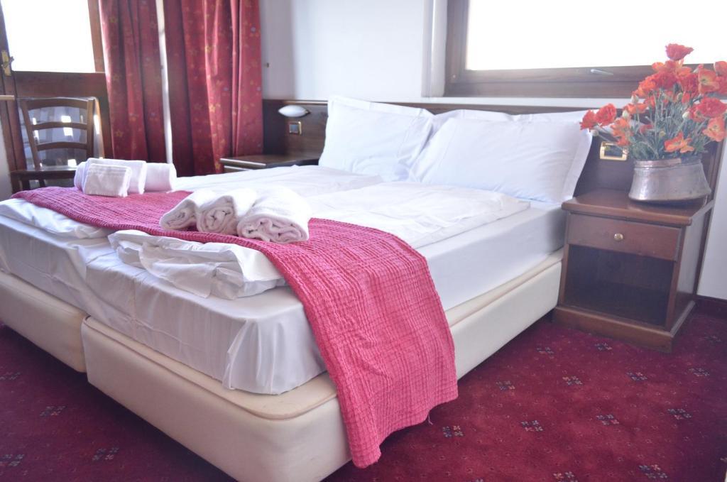 Hotel La Terrazza, Sauze d'Oulx, Italy - Booking.com