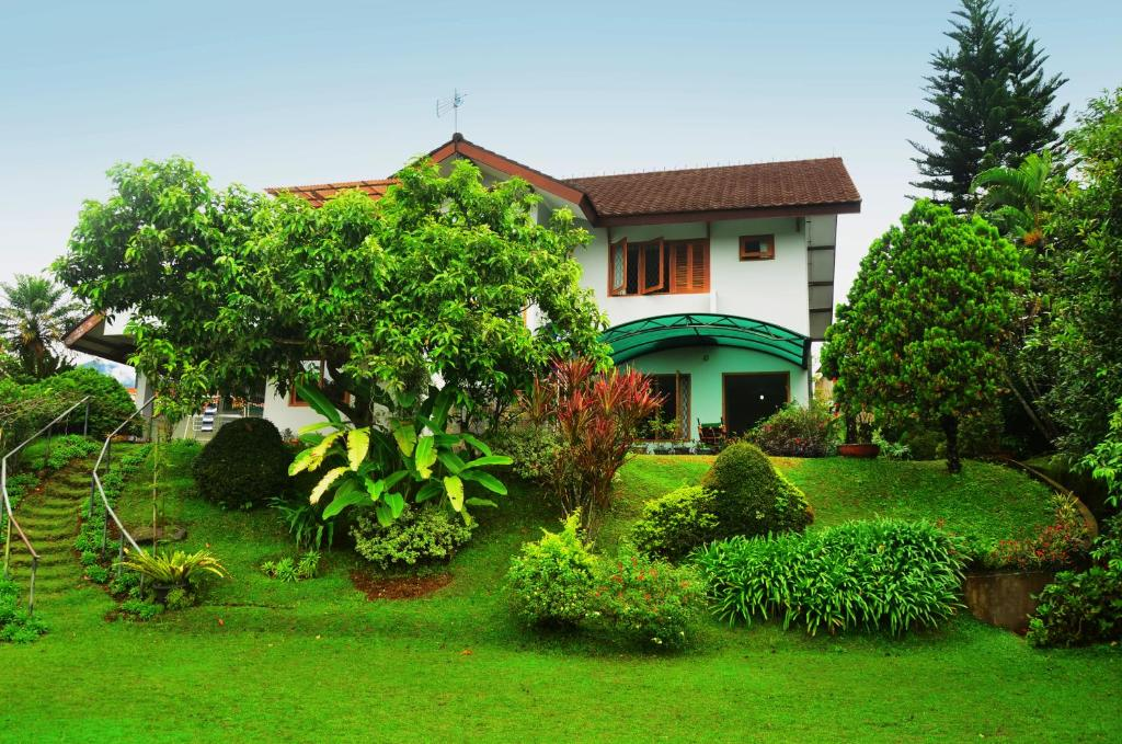 villa buenavista puncak indonesia booking com rh booking com