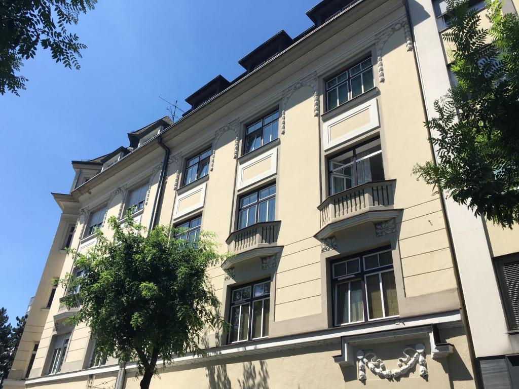 Apartment Das Quartier Klagenfurt Austria Bookingcom
