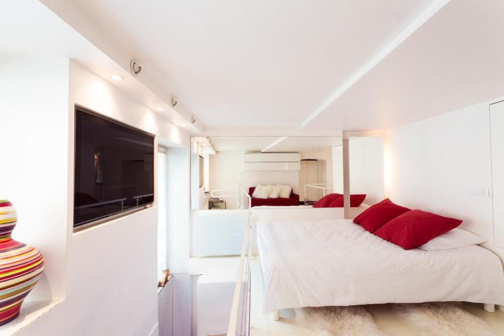 Apartment Stylish,luxury duplex Paris city ce, France - Booking.com