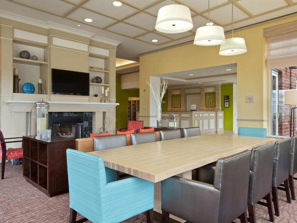 gallery image of this property - Hilton Garden Inn Hoffman Estates