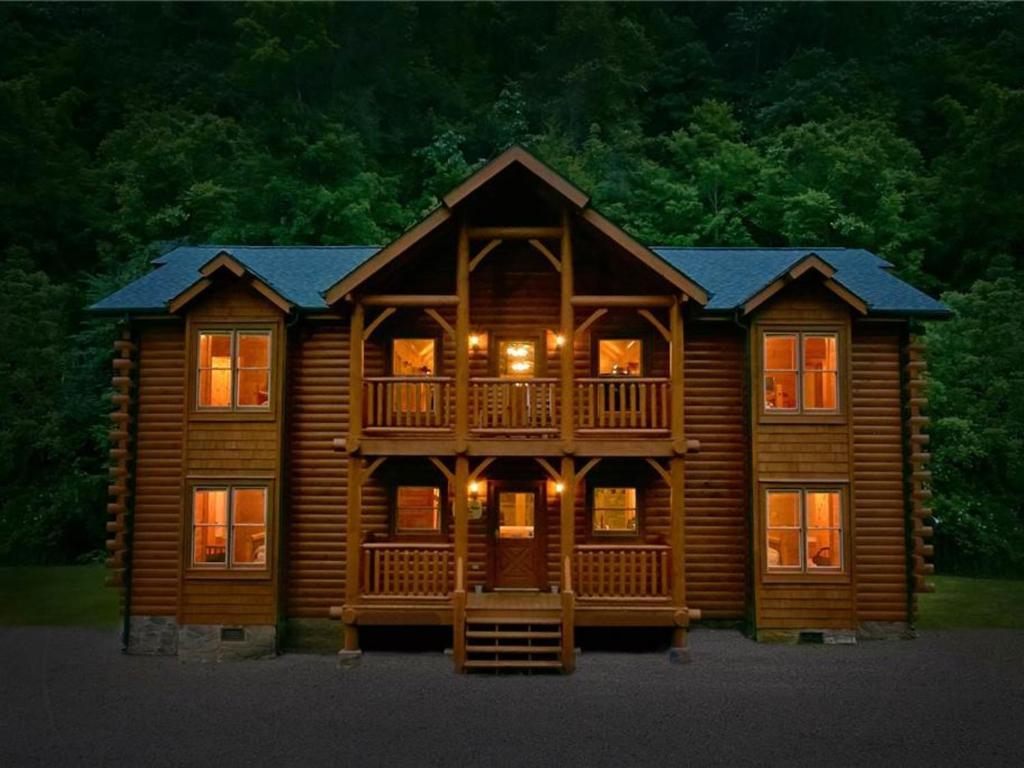 Old creek lodge gatlinburg tn affordable zoderus inn for Cheap cabin rentals near gatlinburg