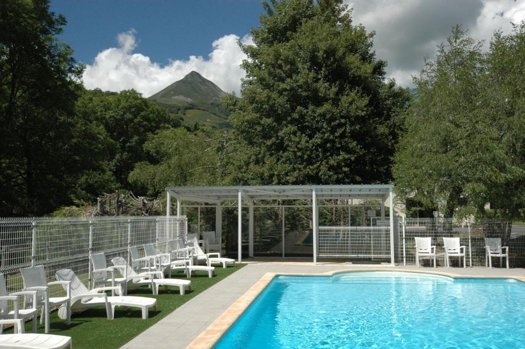 Apartments In Pierrefort Auvergne