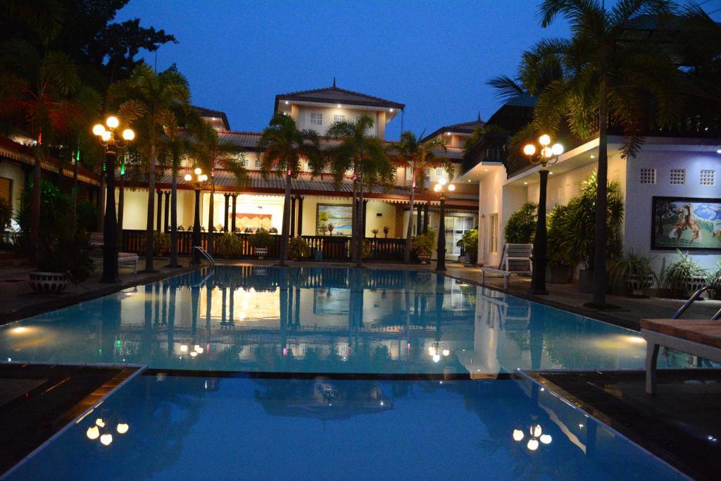 Capital O 229 Jkab Park Hotel Trincomalee Sri Lanka Booking Com