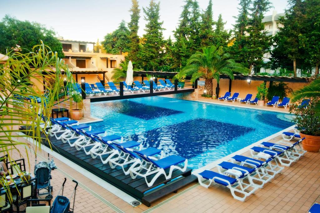 A piscina em ou perto de Hotel Balaia Mar