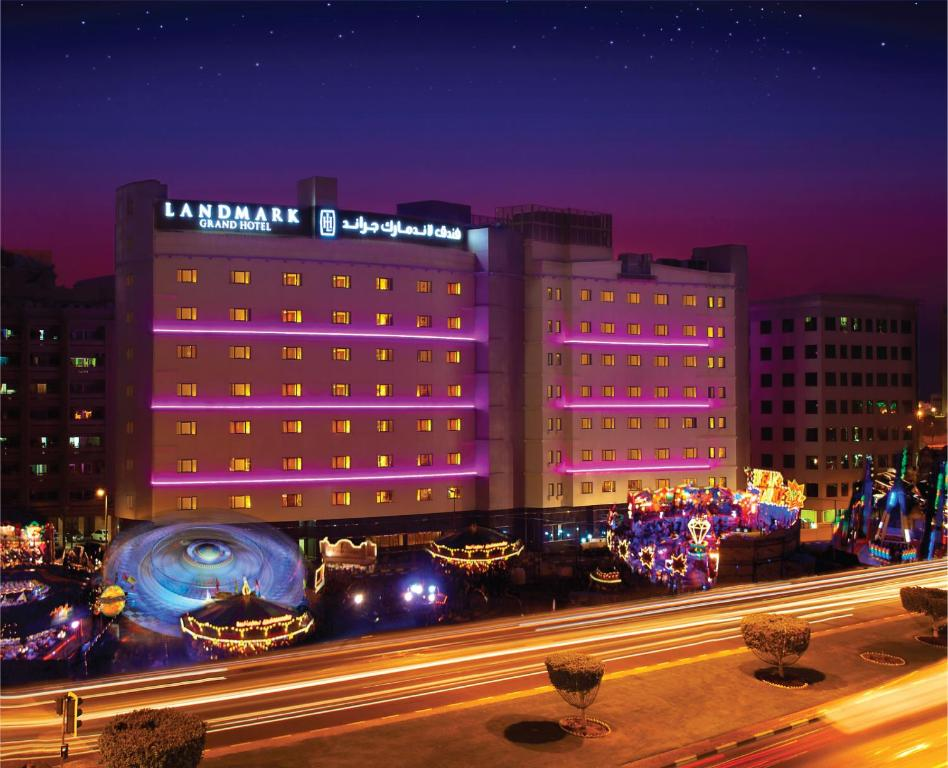 Landmark grand hotel dubai uae for Grand hotel
