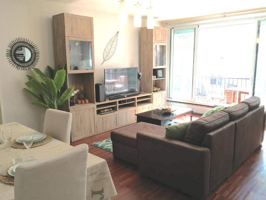 Appartement Le Perfect Sainte Catherine Bordeaux Updated 2018  # Super U Meuble Tv
