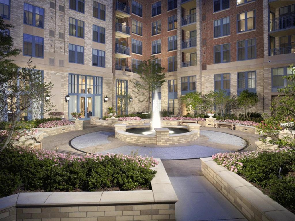 Apartment global luxury suites at metro south arlington va booking com