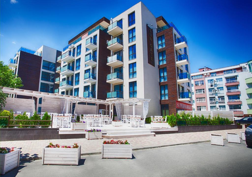 Sun Gate Aparthotel (Bulharsko Slnečné pobrežie) - Booking.com 23a87e9b542