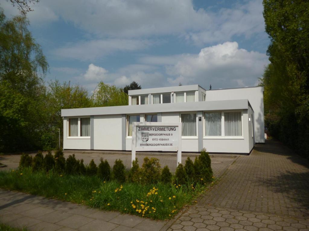 Сад в Bergedorf Haus 9