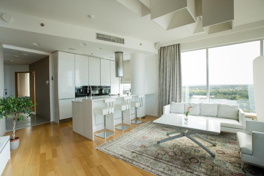 Swisshome Luxurious Apartment, Tallinn, Estonia - Booking.com