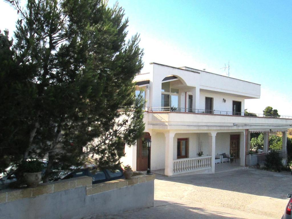 B&B Villa Maria (Italia Santa Maria al Bagno) - Booking.com