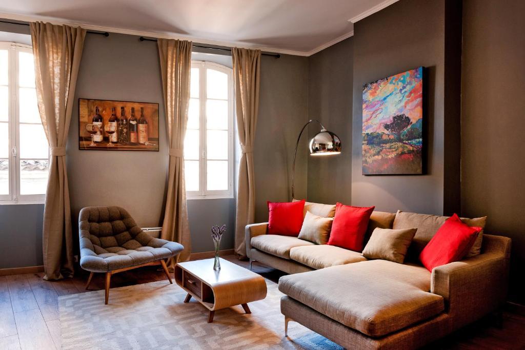 Apartments In Romagne Aquitaine