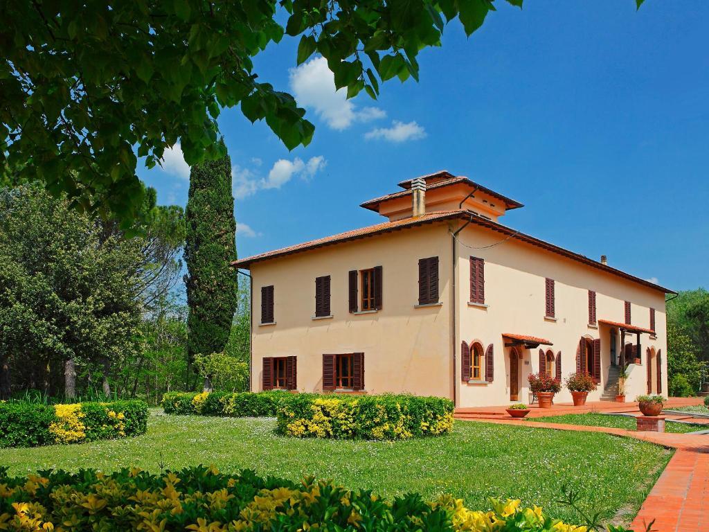 Rimuovere il bungalow a Lucca sulla spiaggia