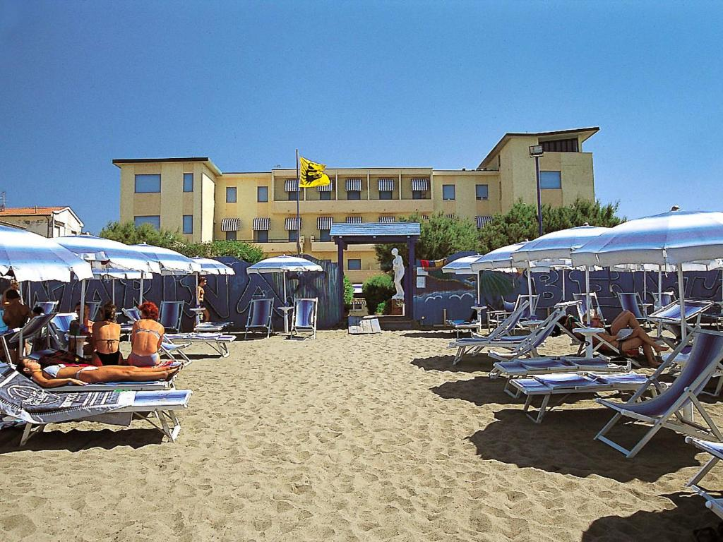Residence club stella marina 1 italia marina di cecina - Bagno da gigi cecina ...