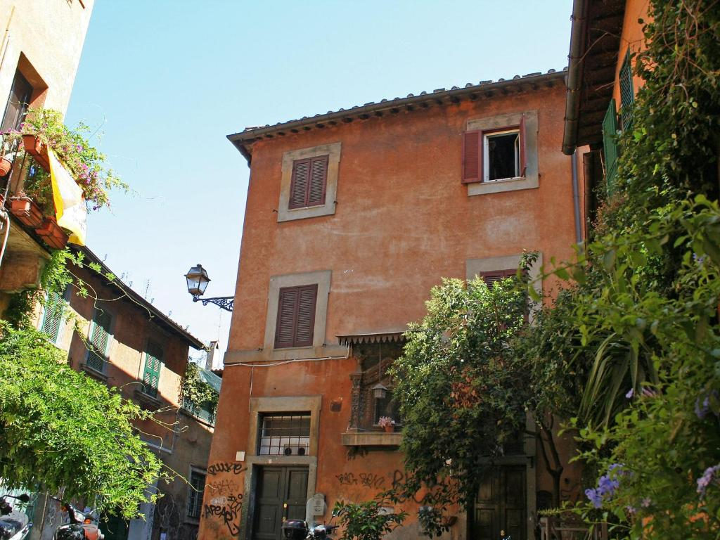 Vacation home cipresso trastevere roma rome italy for Hotel trastevere rome