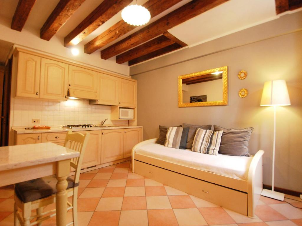 Apartment Sotoportego delle Colonne, Venice, Italy - Booking.com