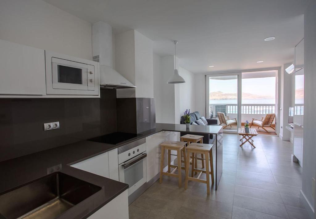 Apartamento lujo frente al mar espa a las palmas de gran for Booking hoteles de lujo