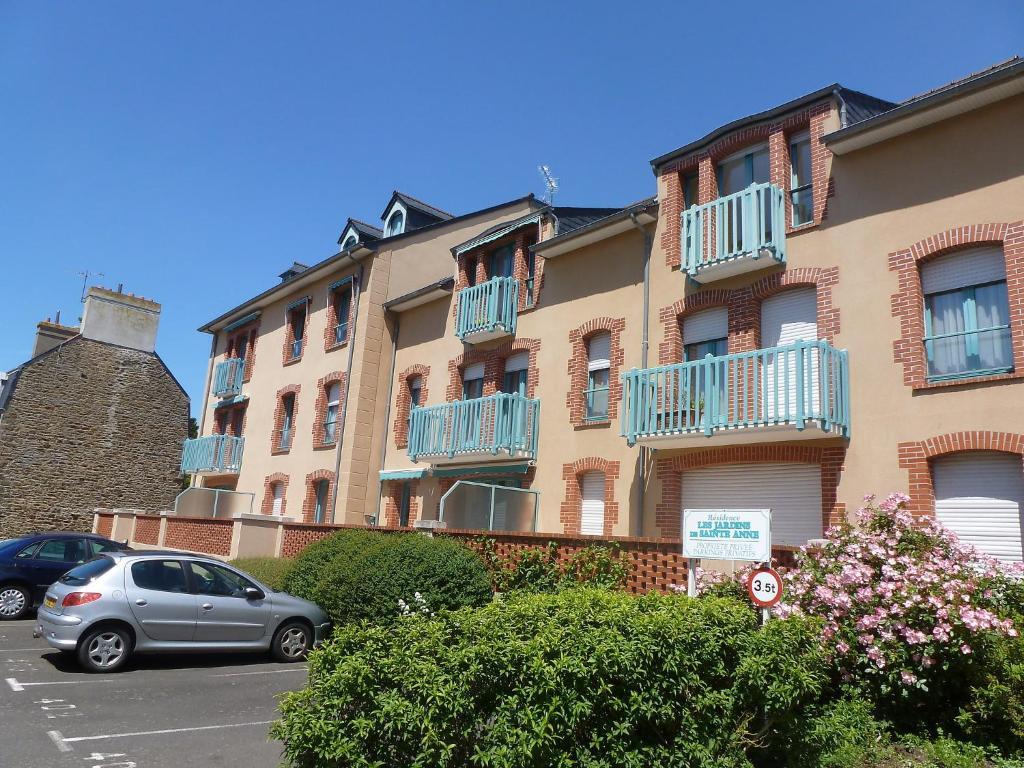 Apartment jardin st anne france saint malo for Entretien jardin saint malo