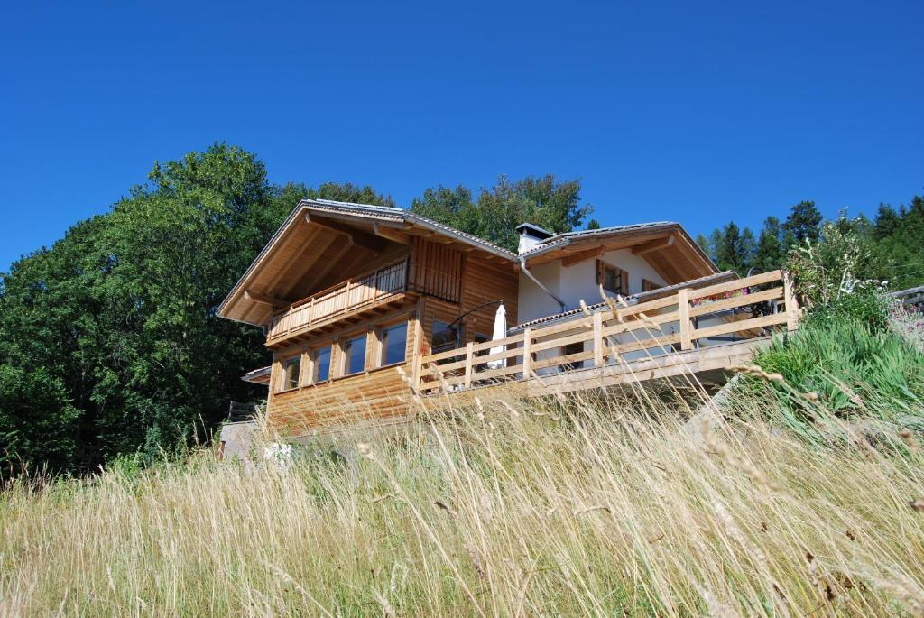 Guest House Dolomiti, Baselga di Pinè - Prezzi aggiornati ...