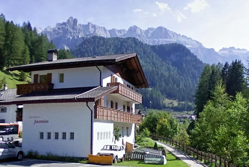Apartments Jasmin, Selva di Val Gardena – Prezzi aggiornati per il 2018