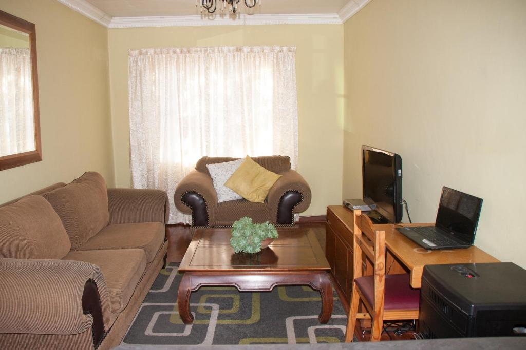 Phokeng bed and breakfast maseru lesotho for Area riservata bed and breakfast
