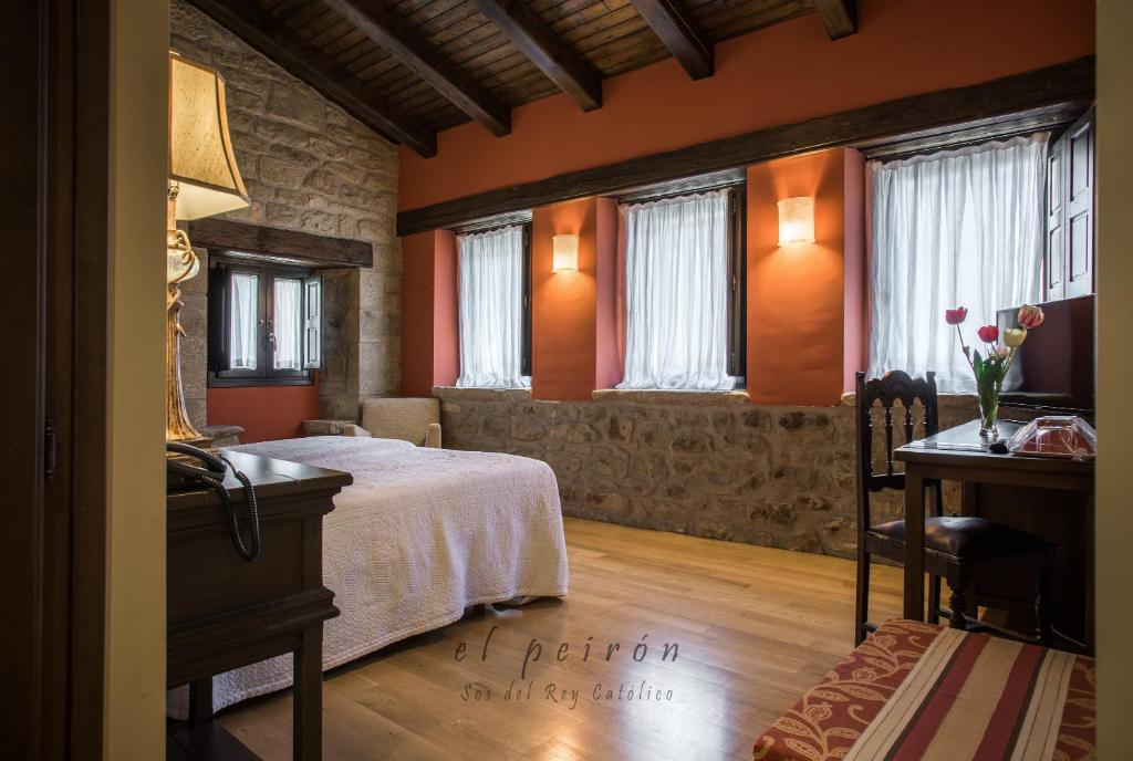 boutique hotels in sos del rey católico  33