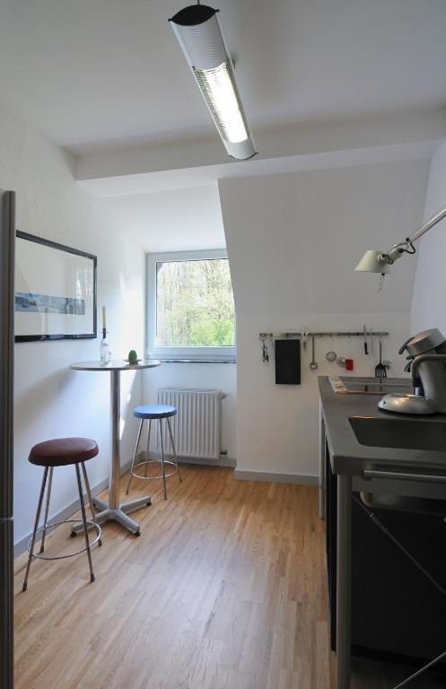Post Bredeney apartment essen bredeney germany booking com