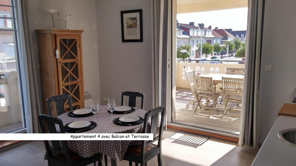 Appartement fort mahon plage frankrijk fort mahon plage for Appart hotel fort mahon