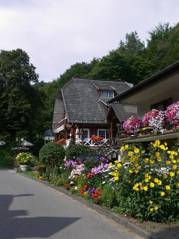 Hotel Talschenke, Simonskall, Germany - Booking.com