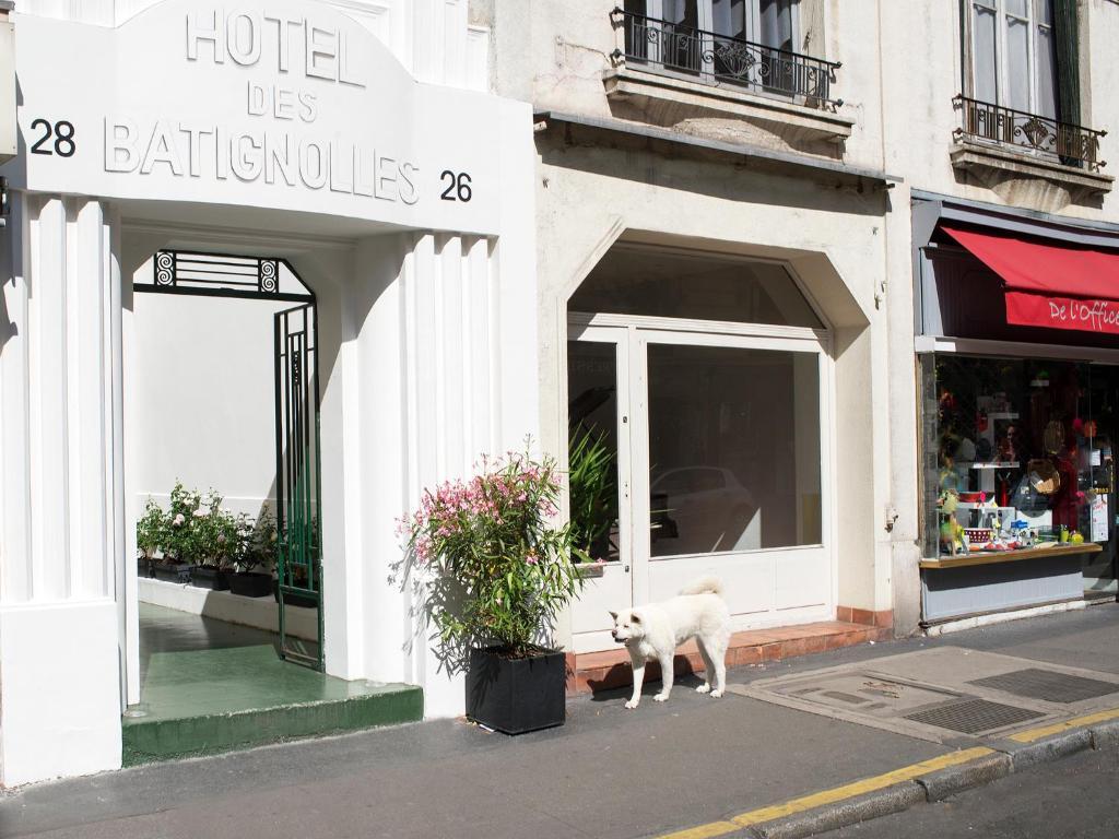 Hotel Des Champs Elysees Hatel Des Batignolles Paris France Bookingcom