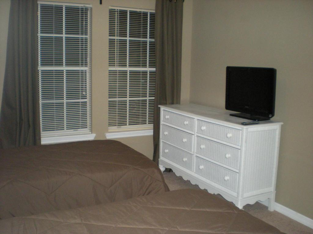 luxury 2 bedroom suites orlando. +10 photos. close ×. luxury 2 bedroom suites orlando t