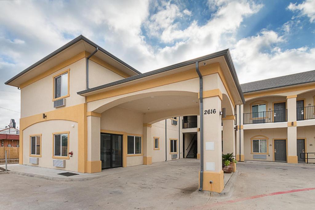 scottish inns suites balch springs tx booking com rh booking com