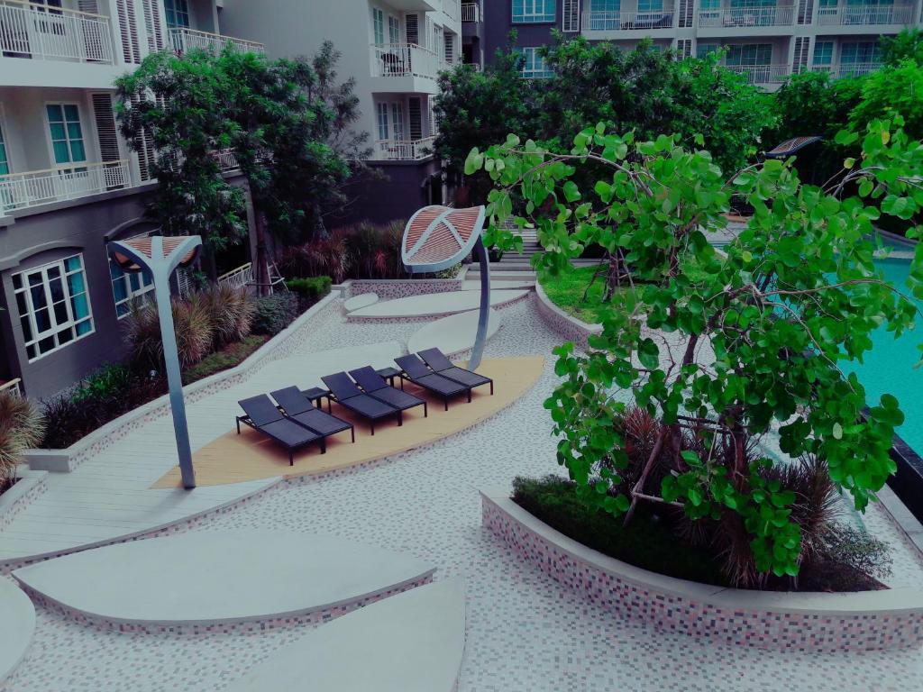 Autumn huahin by kae hua hin thailand for Terrace 90 hua hin
