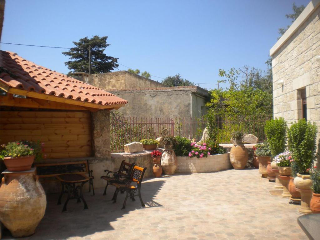 Vacation Home Marias Alikambos, Alikampos, Greece - Booking.com