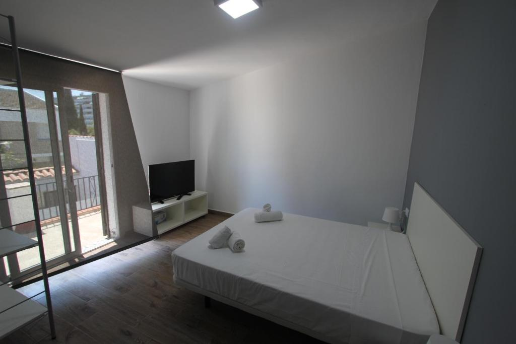 gran imagen de Click&Booking Villa Tachet Mar