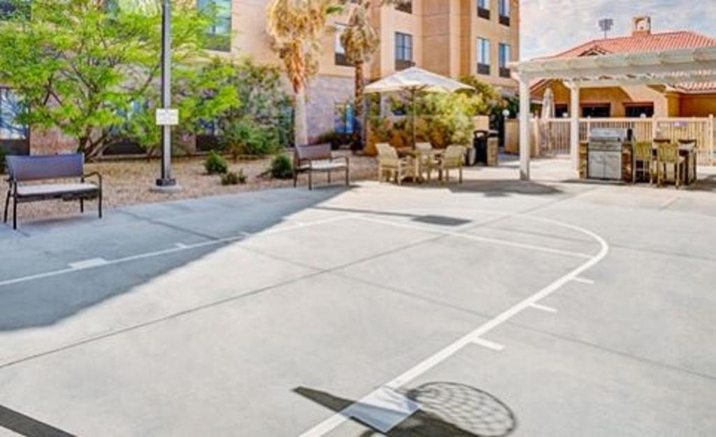 Hotel Homewood Suitesin Lancaster, CA - Booking.com