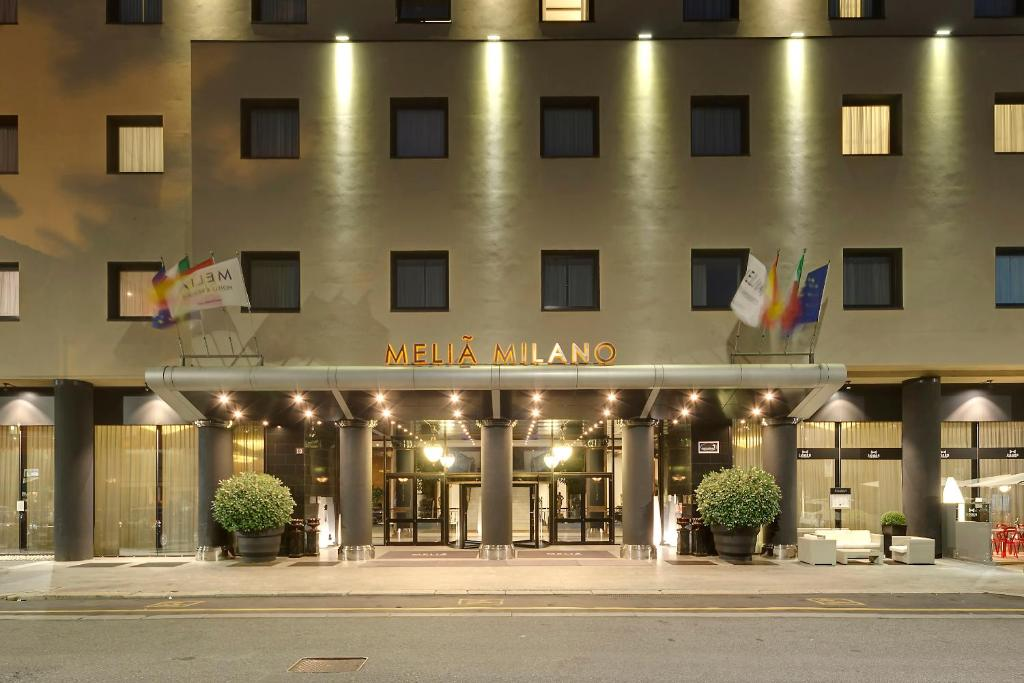 Hotel a 7 stelle milano hotel a 7 stelle milano with for Hotel milano zona san siro