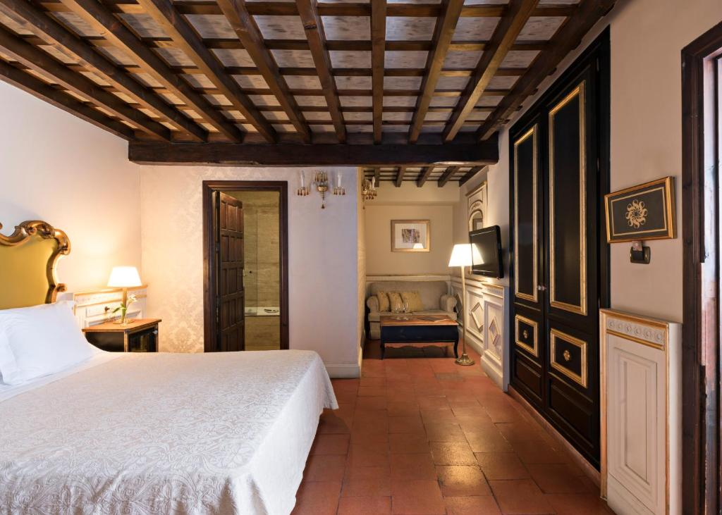 boutique hotels in granada  171