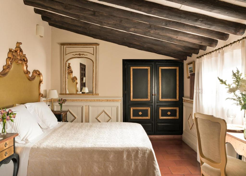 boutique hotels in granada  301