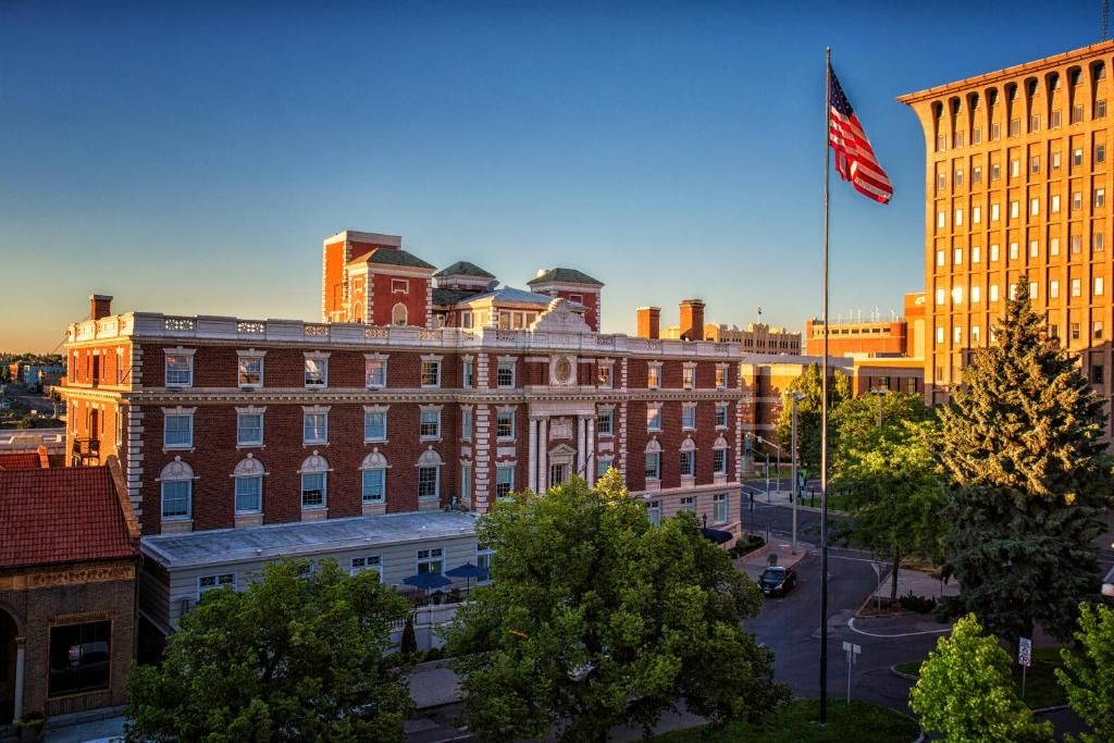 spokane club inn wa booking com