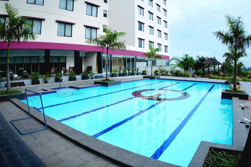 citra grand hotel karawang indonesia booking com rh booking com